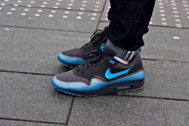 online store 20b9d 0465b Kicks On The Street   Nike Air Max 1 Hyperfuse – Black Blue
