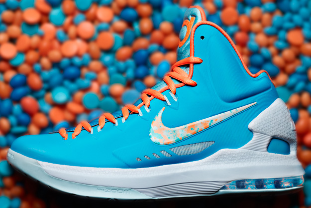 new products e12f8 c637b Nike Basketball EASTER Collection – Kicks Whips   Suits